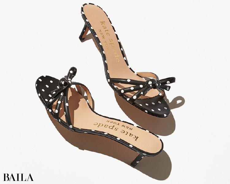 モノトーンでもここまでポップ。ドットに心酔。ケイト・スペード ニューヨークの靴