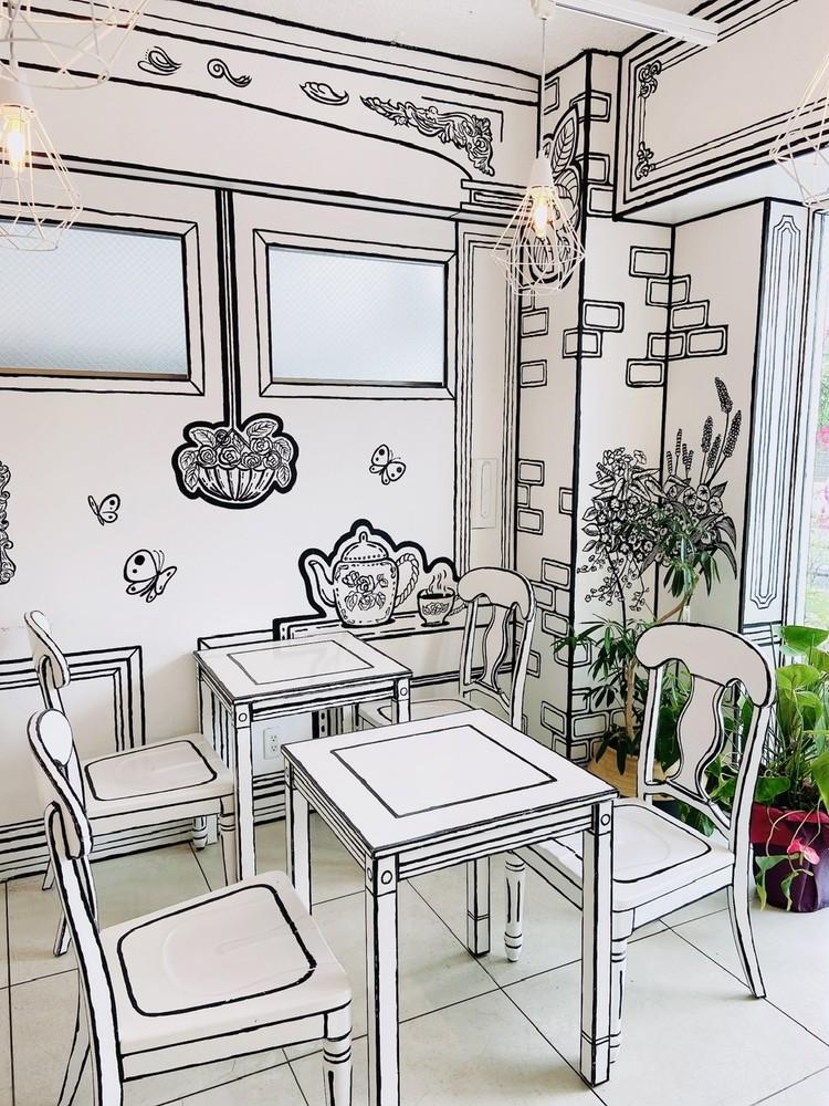 "【SNSで話題の2次元カフェ】まるで""絵本の世界""なインスタ映えでティータイム_1"