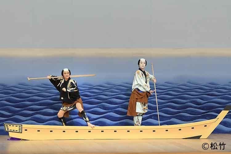 八月花形歌舞伎 三社祭の舞台写真