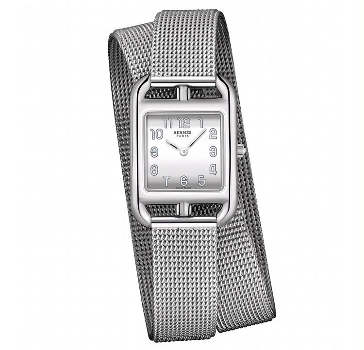 スクエアフェイスの腕時計と、美しく歳を重ねたい【30代からの名品・愛されブランドのタイムレスピース Vol.12】_2_4