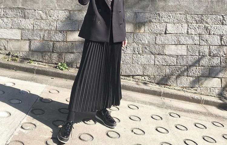 細見えスタイルアップのプリーツスカート_1