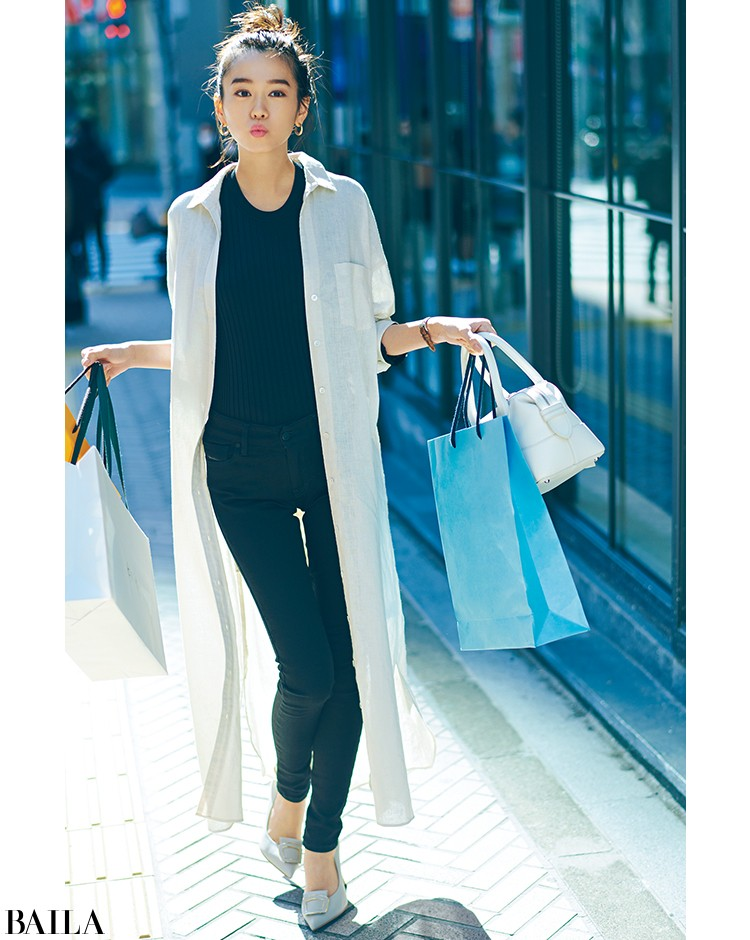 買い物する休日は、すっきりデニムスタイルにシャツワンピをはおって【2020/3/22のコーデ】_1