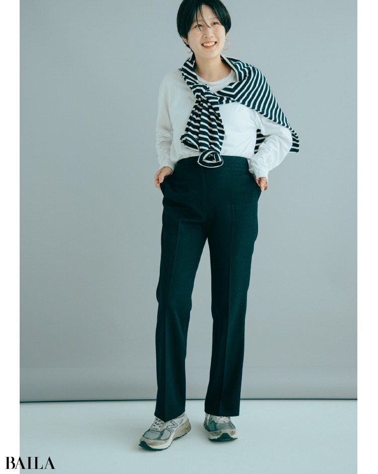 Demi-Luxe BEAMS セミフレアパンツコーデの高橋さん