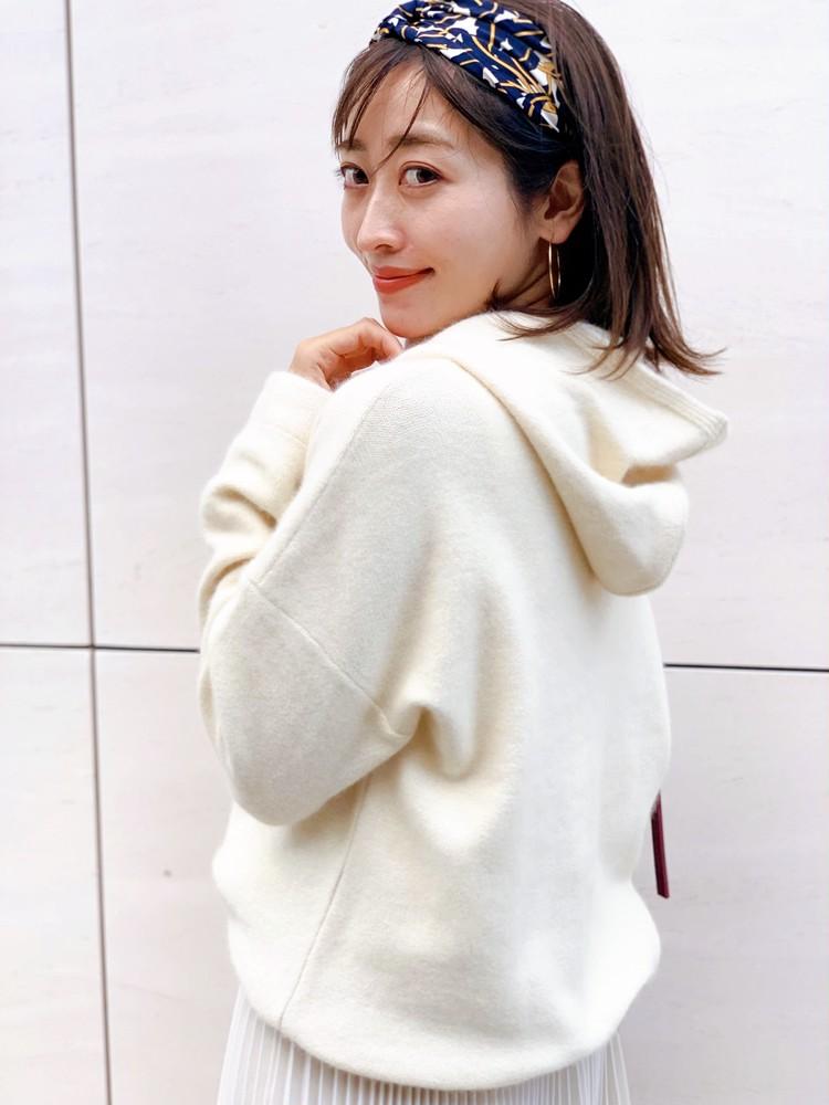 白いニットパーカーで男子ウケ♡なオールホワイトコーデ♡_1