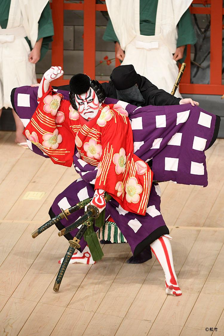 「壽 初春大歌舞伎」の「車引」で梅王丸を演じる松本幸四郎