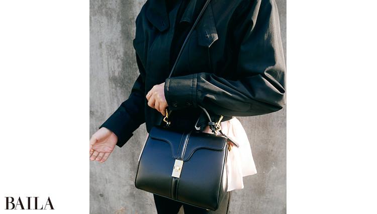 セリーヌのショルダーバッグ