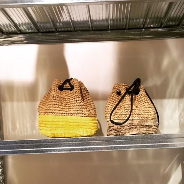 人気のミニバッグで差を付けるなら巾着タイプが気になる!_2_4