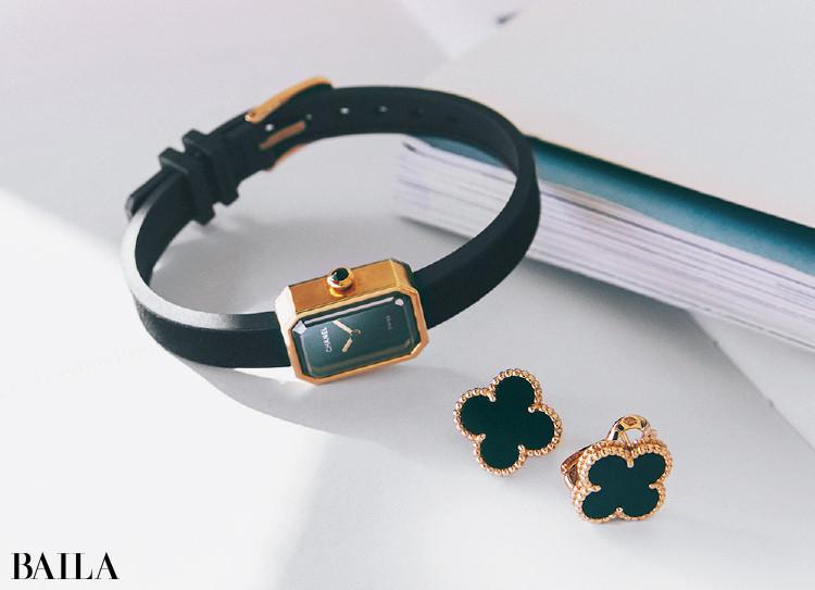 伊藤真知さんの私物 ヴァン クリーフ&アーペルのピアスとシャネルの時計