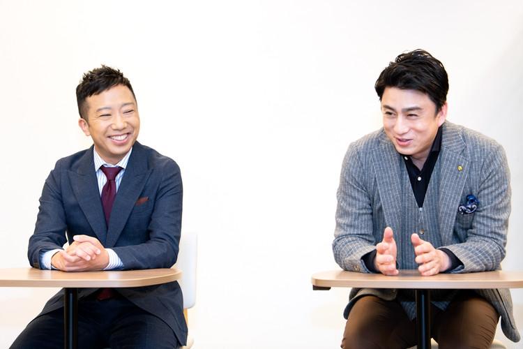 図夢歌舞伎「弥次喜多」の記者会見の市川猿之助と松本幸四郎