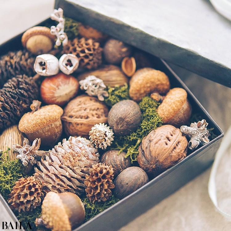秋色の花々を箱詰めにして小さな贈り物【カトパンのあえて小さく飾る花レッスン】_10