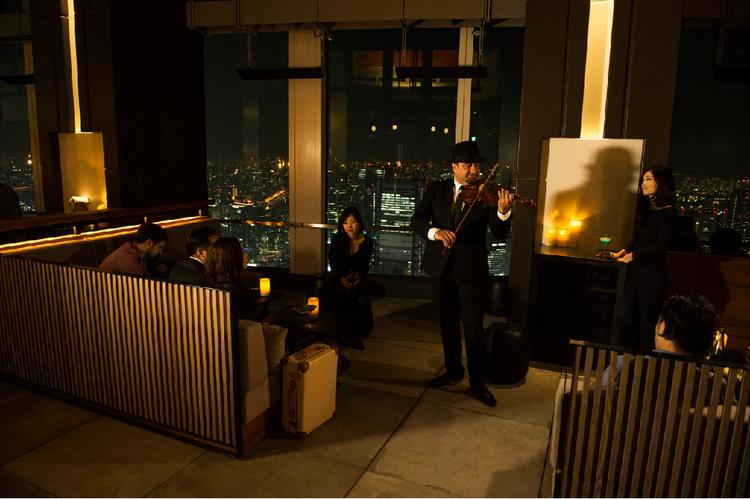 女子会ナイトアウトにおすすめ!「アンダーズ 東京」52階の「ルーフトップバー」♡_2