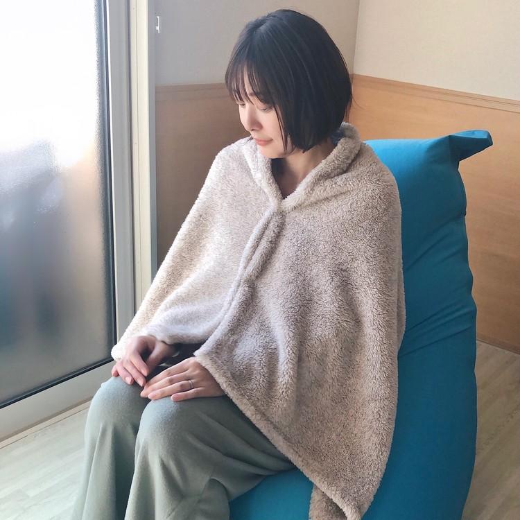 【GU新作】くまさん巾着入り♡あったかほわほわブランケットが4wayで使える!_4
