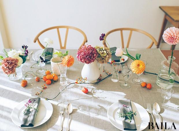 一輪で映える花でホムパの食卓をドレスアップ【カトパンのあえて小さく飾る花レッスン】_2