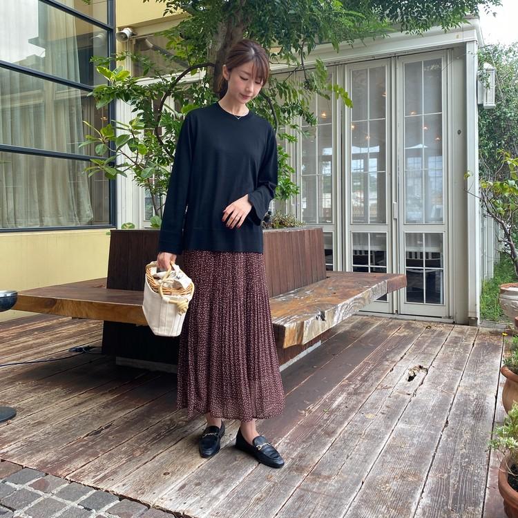【ZARA】秋らしい女っぽスカートの足元はピリリと辛口に♡_3