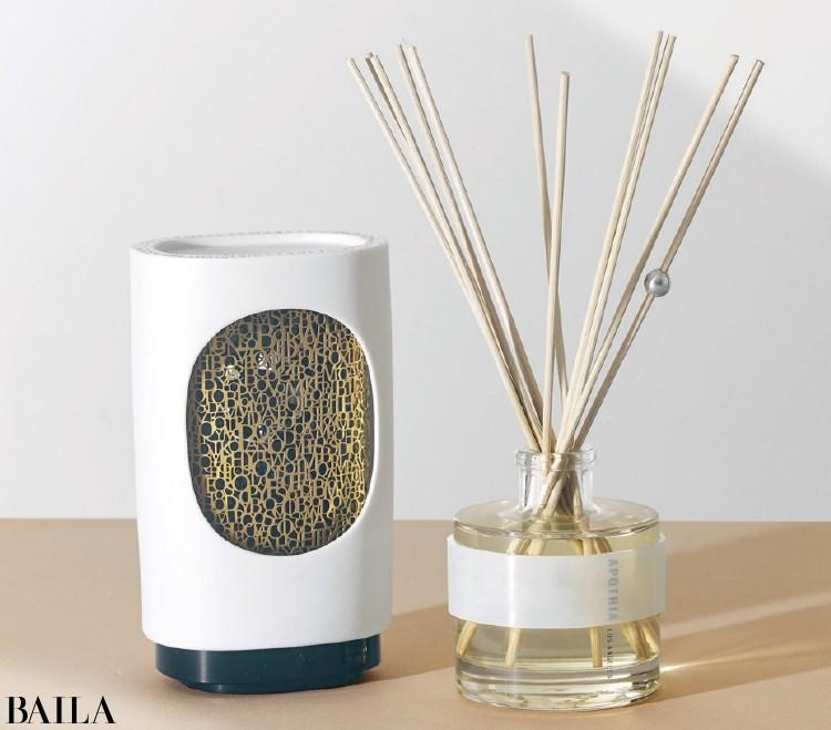 官能性を秘めた香りとスパイシーな香りを両方そろえて