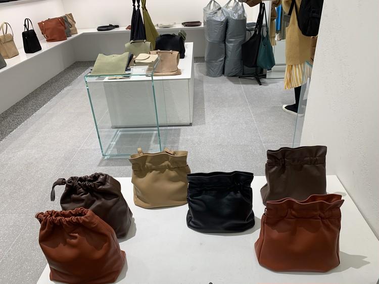 韓国の卸ビルでバイヤー気分のショッピング_7