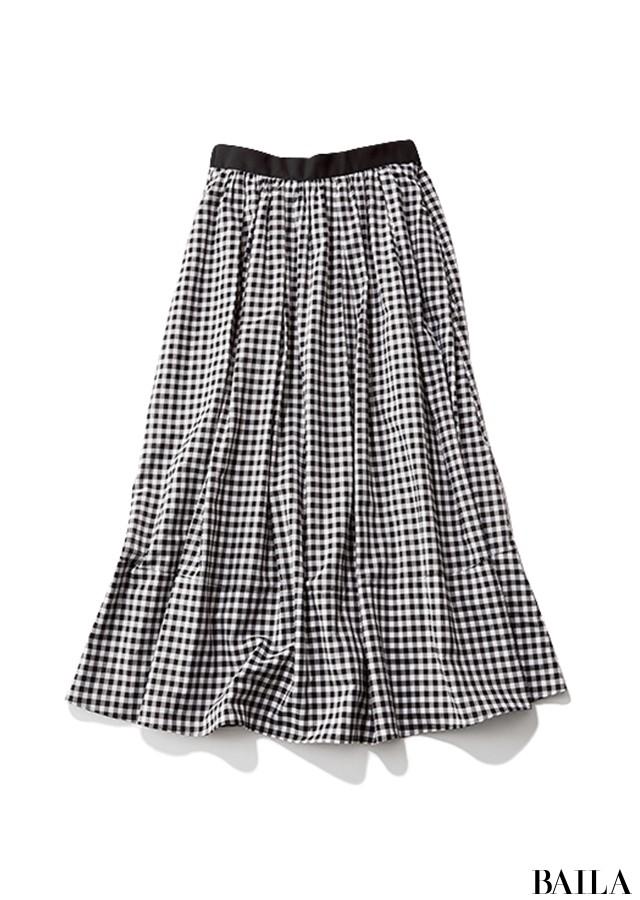 バタつくは月曜は、手軽なニット×スカートにカーデを巻いて変化をつけて!【2019/5/27のコーデ】_2_3