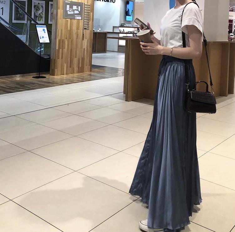 【ZARA】くすみブルーの主役級ロングスカート_2