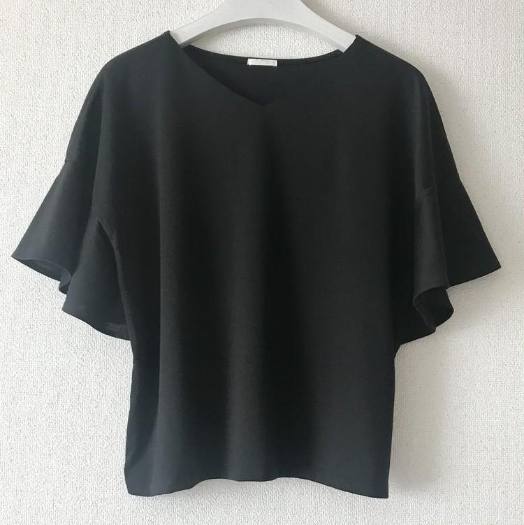 ¥990で大人女子も高見えきれい!【ジーユー(GU)】超高コスパTシャツ&トップス人気4選_4