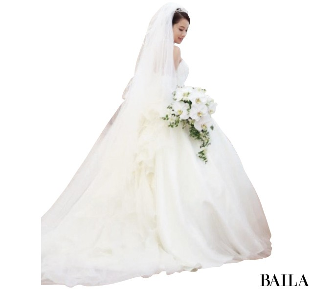 【スーパーバイラーズの花嫁ルポ】10年たっても絶対素敵な花嫁姿を拝見! _5
