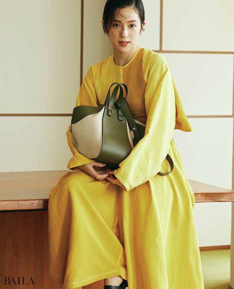 中村アン バッグ「HAMMOCK SMALL BAG」(25×13.5×30)¥347600