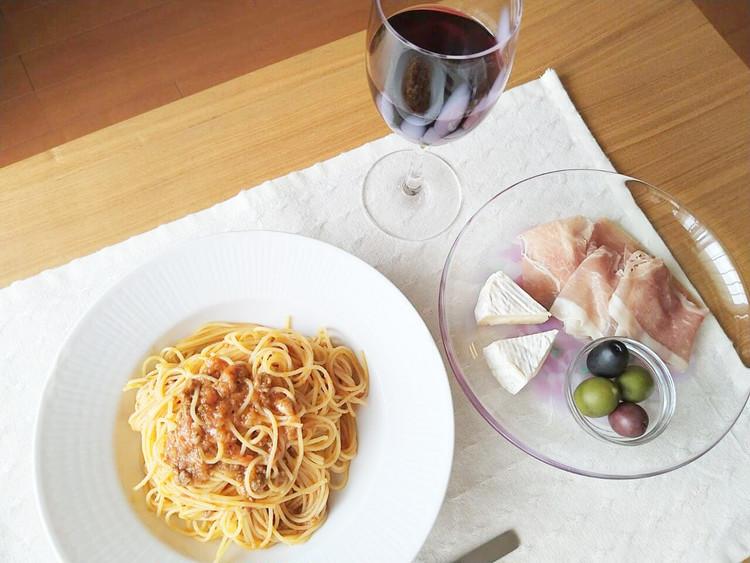 赤ワインと国産牛と黒豚のボロネーゼ