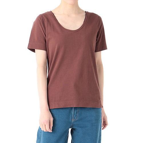 ホワイトジャケットスタイルは、赤ブラウンのTシャツで女っぽく♡【2018/7/2のコーデ】_2