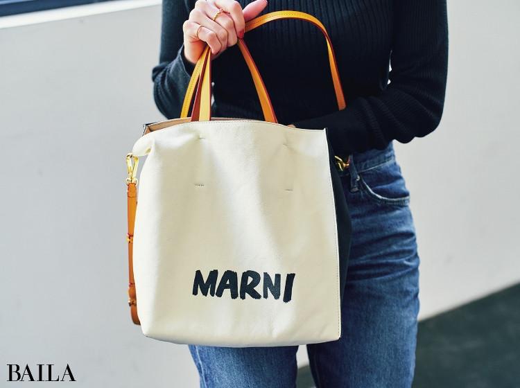 太田 冴さん MARNI マルニのトートバッグ