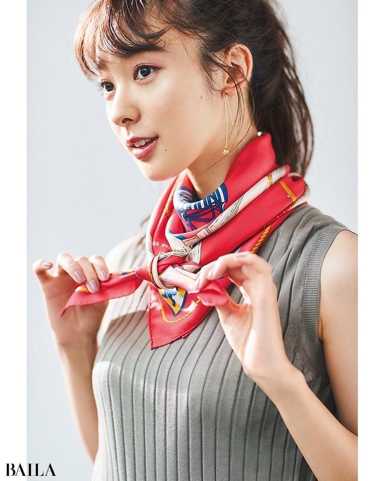 モデル着用スカーフ
