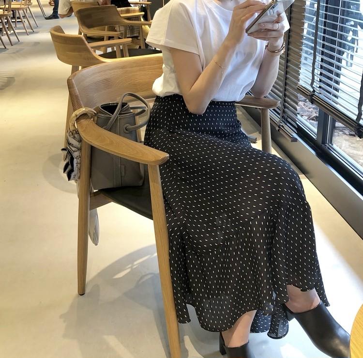UNIQLO Tシャツで大人フェミニンスタイル♡_5