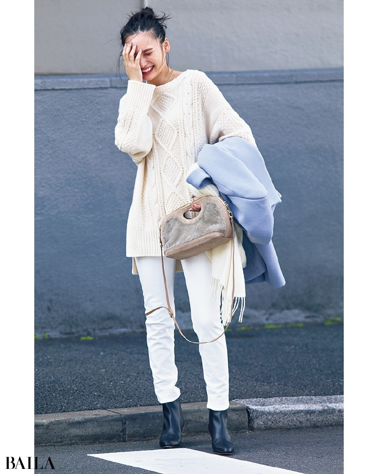STRAWBERRY-FIELDS[ストロベリーフィールズ]のきれい色コートを脱いだら