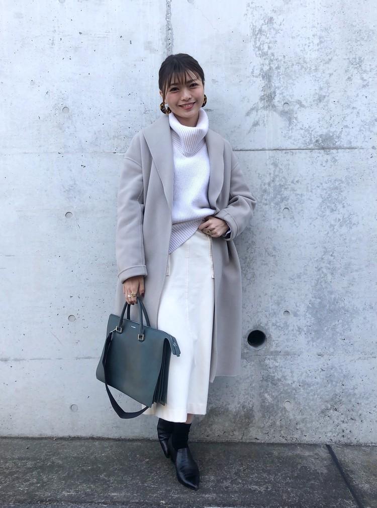 PARIGOTの淡色コート