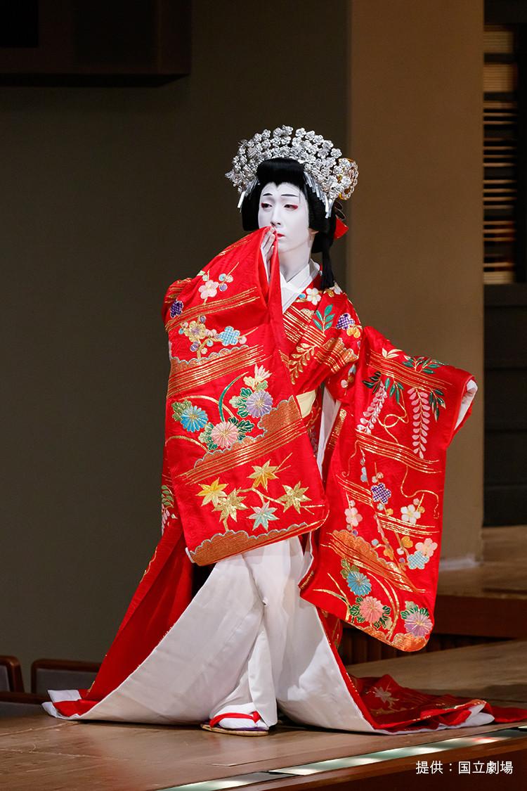 花形歌舞伎俳優の中村米吉の舞台写真