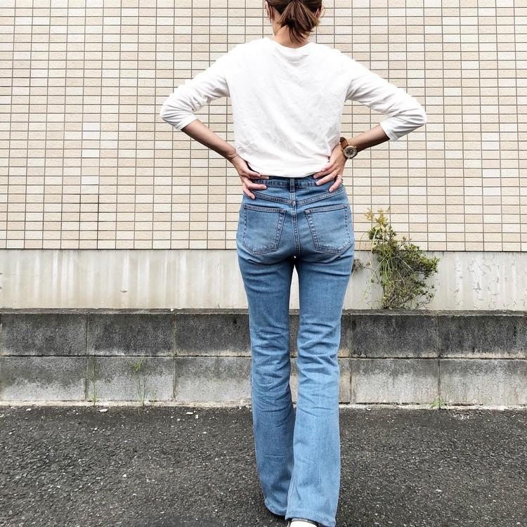 GUで大人気のフレアデニムは高身長にも嬉しい「丈長め」有り!_5
