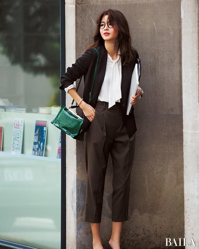 ジャケット&パンツで美女度アップ♡ 腰高クロップトで秋スタイルを更新!_1