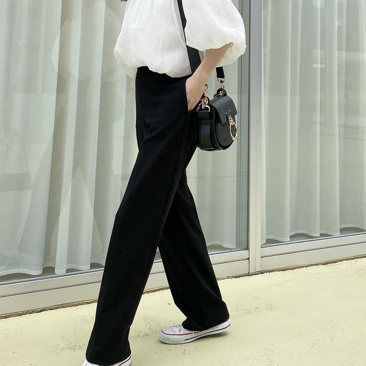 【UNIQLO着回し】楽なのに可愛い「黒パンツ」が1290円_3