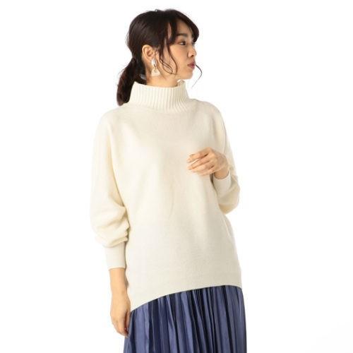取引先との忘年会の日は、華やかなホワイトスカートスタイルで【2018/12/14のコーデ】_3