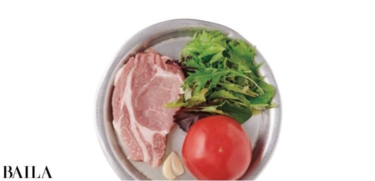 焼きトマトとポークソテーのサラダ 材料