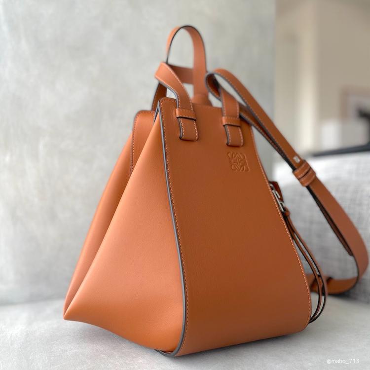 【LOEWE(ロエベ)】3Wayハンモックバッグの使い心地・サイズ感をレポート_4