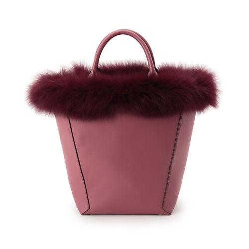 きちんと感の漂うスカートコーデは、旬バッグでこなれ見え!_9
