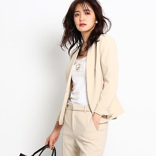 カジュアルパンツコーデは、淡色ジャケットで大人の春らしく♡_8