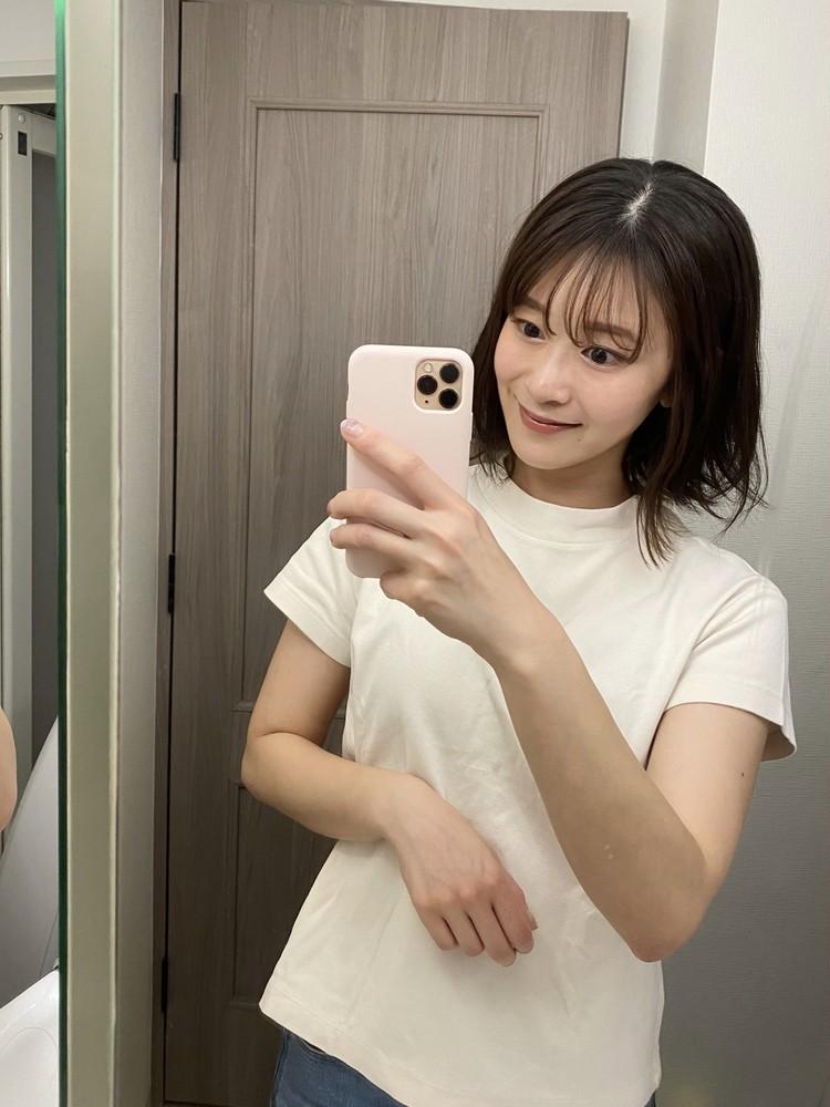 【GU】カジュアルからきれいめまで。最強高見えTシャツ_2