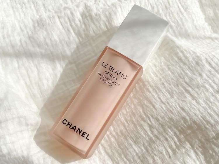 ヘルシー ロージー グローな肌へ導く、シャネルの最新ホワイトニング美容液