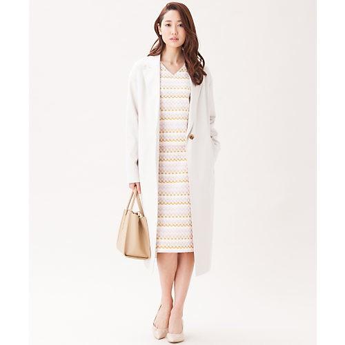 ホワイトコートが見違える! ブルー×赤みレッドで、新鮮冬コーデ♡_4