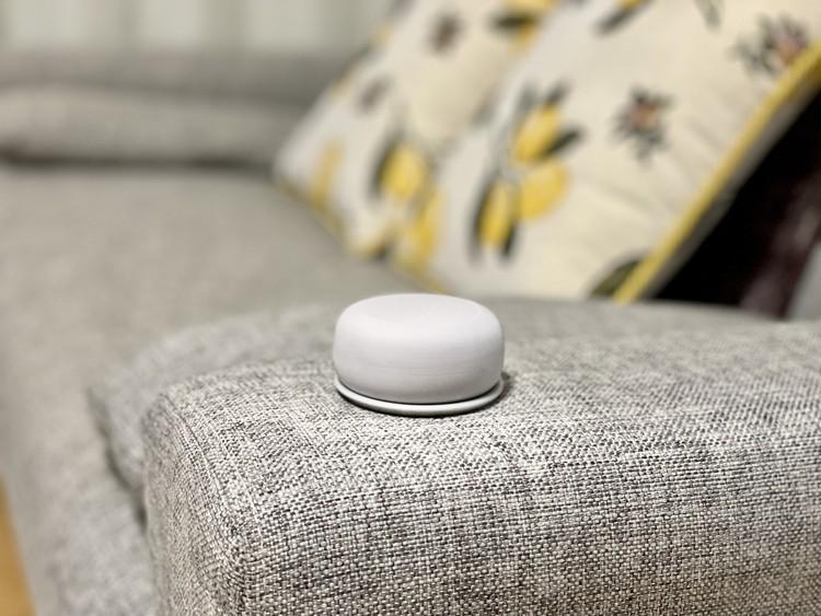 無印良品 アロマストーンをソファで使う使用例