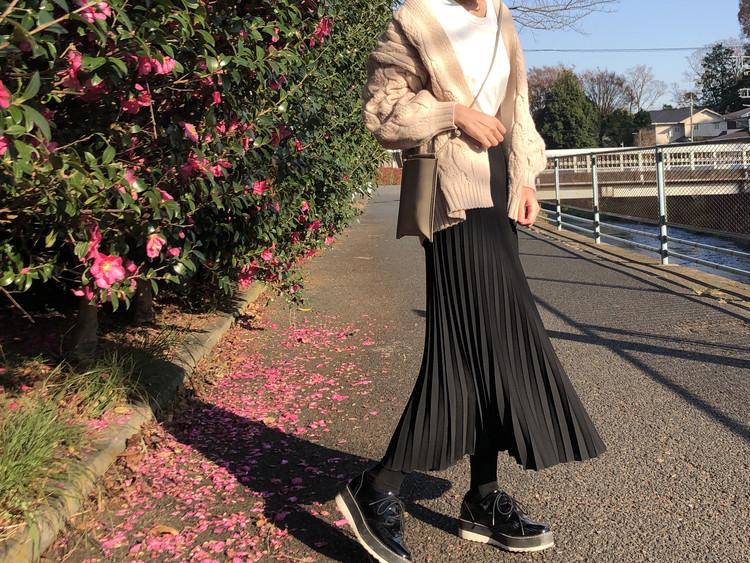 細見えスタイルアップのプリーツスカート_2