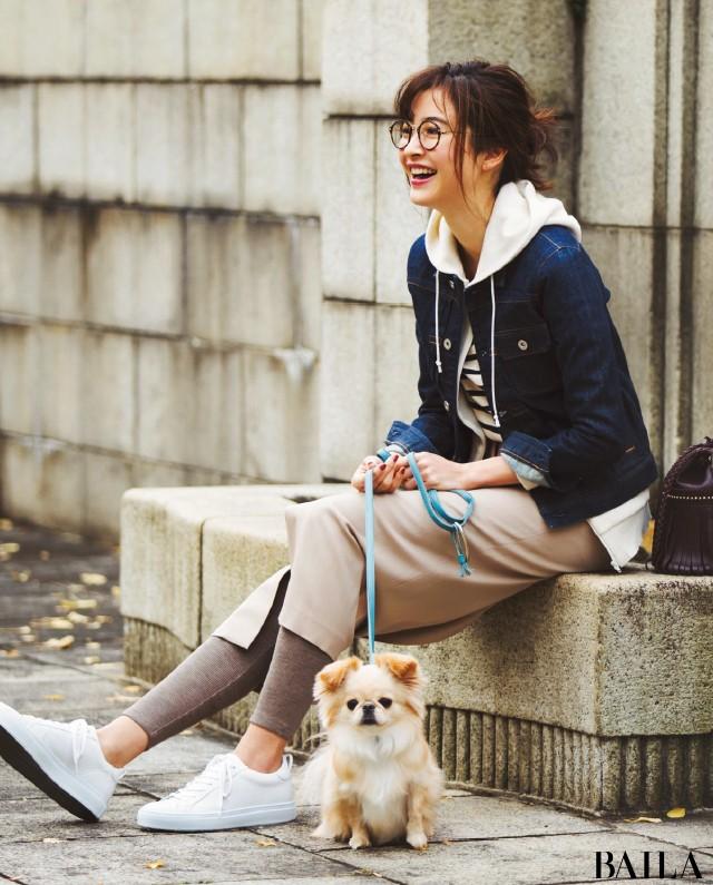 愛犬とお出かけする日は、カジュアル仕上げのタイトスカートスタイルで【2019/2/3のコーデ】_1
