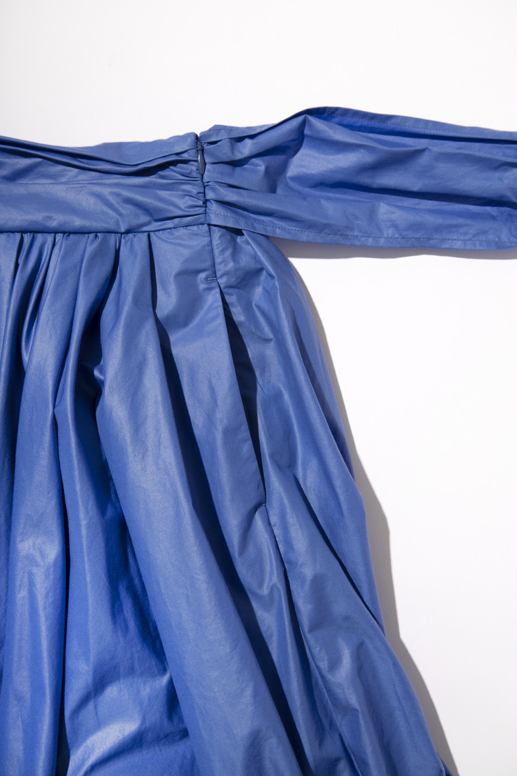 【フレイアイディー(FRAY I.D)】春新作のギャザーフレアスカートのポケット