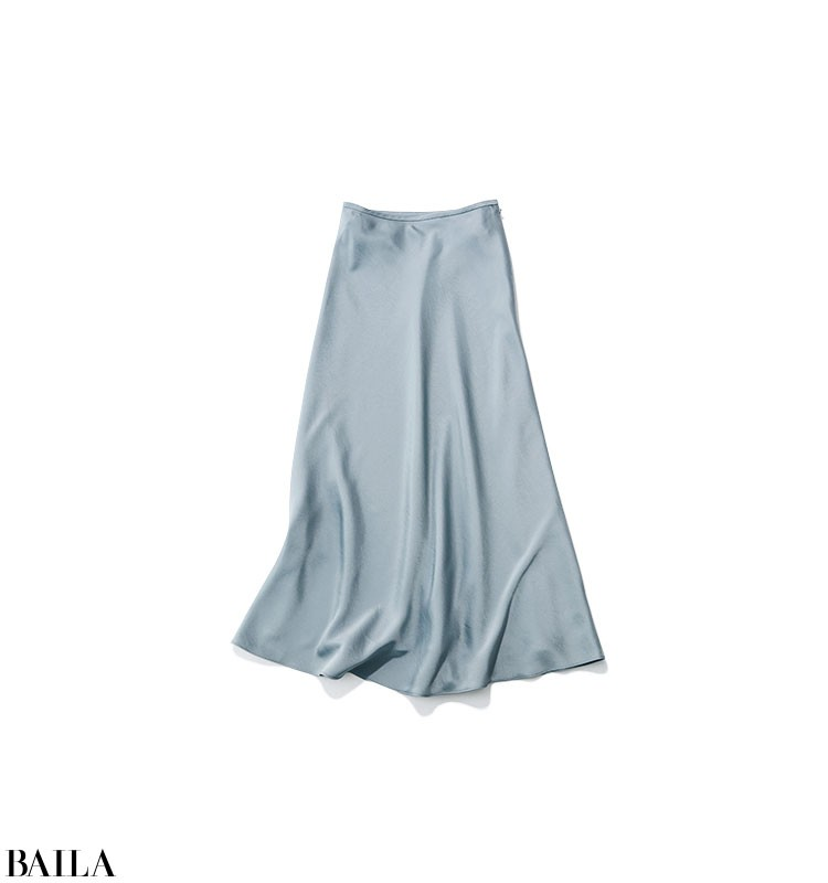 晴れやかな気分で仕事したい日は、旬のキレイ色を使ったリブニット×スカートコーデ【2020/5/15のコーデ】_2_2