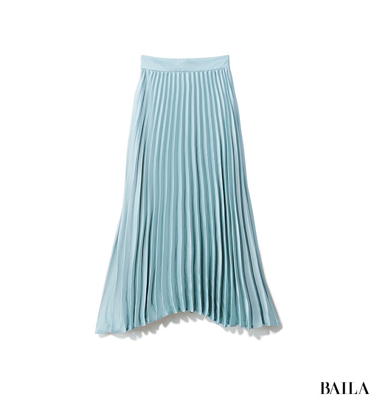 寝不足気味な日は、清涼感のあるカラーで大人なスカートコーデ【2019/8/26のコーデ】_2_1